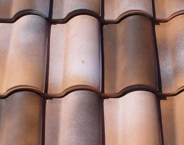 Installazione del tetto di profilato