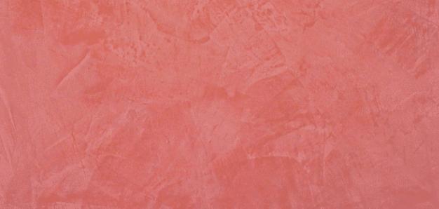 muro tinteggiato rosso senza muffa