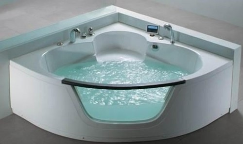 Bellissima vasca con idromassaggio per due persone