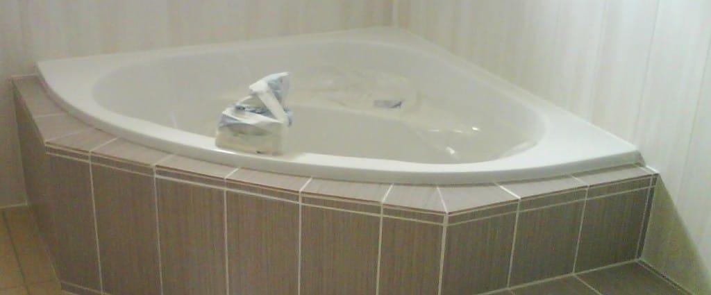 Oltre 1000 idee su Vasca Ad Angolo su Pinterest  Vasche, Vasca Da Bagno Ad A...