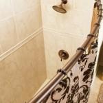 porta o tenda nella doccia