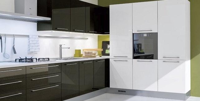 La cucina moderna lineare ed elegante blog edilnet for Cucina moderna quanto costa