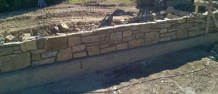 muro di cinta in realizzazione