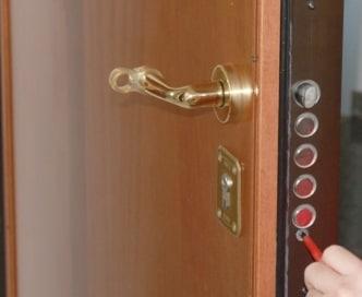 Come sostituire una serratura