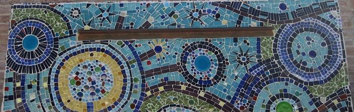 Come creare un mosaico su un muretto