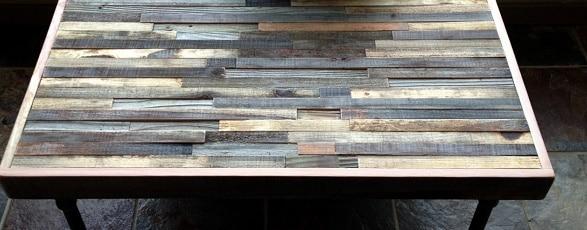 Tavolo fatto con piastrelle design casa creativa e - Decorare le piastrelle ...