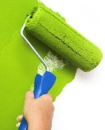 Pittura verde per tinteggiare casa