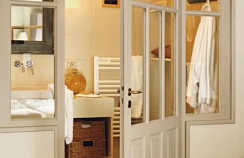 Un bagno realizzato in camera