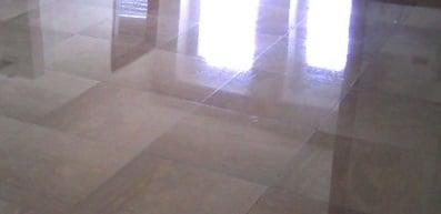 Foto a lavoro completato di una Piombatura del marmo