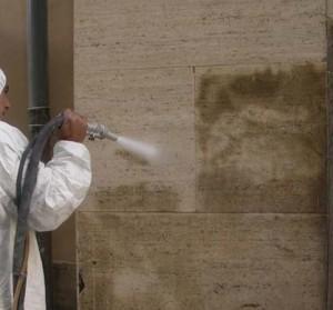 Sabbiatura del muro