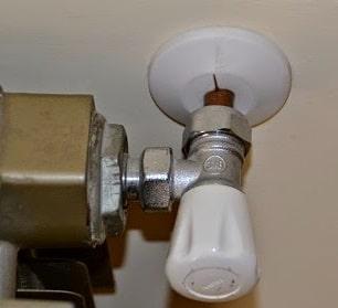 Perdita d'acqua dal termosifone: come eliminarla