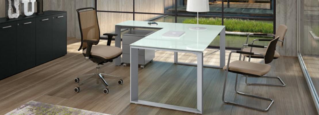 Arredare un ufficio in casa utili consigli with come for Mobili x ufficio economici