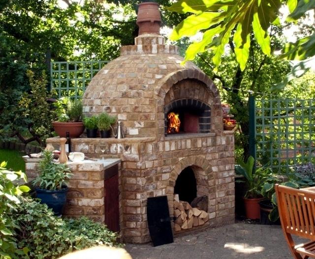 Costruire barbecue in muratura blog edilnet for Ristrutturare un giardino