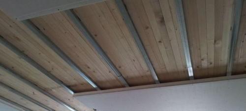 Realizzazione di un riscaldamento a soffitto