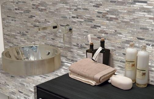 Come rivestire un bagno utili consigli edilnet