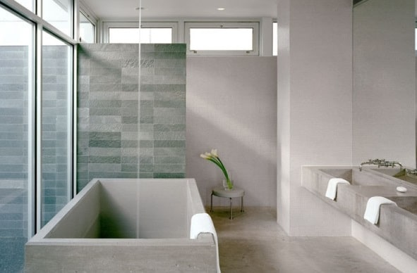 bagni moderni. Bagno moderno con vasca