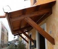 costruire una tettoia in legno