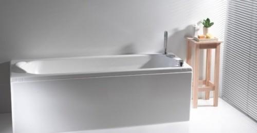 Nuovissima vasca dopo nuova installazione su vasca