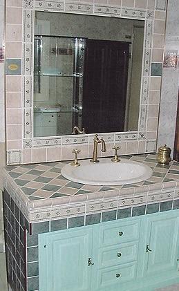 Bagno in muratura in stile rustico