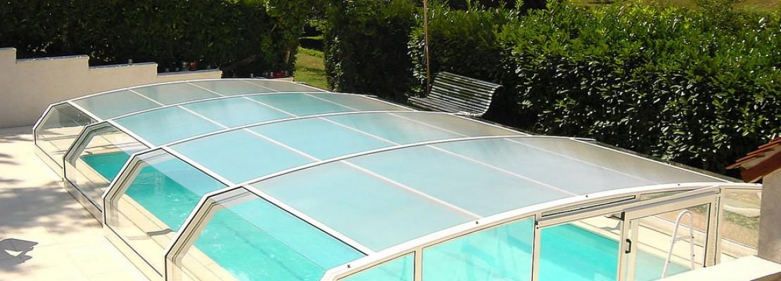Coperture telescopiche per piscine vantaggi e costi - Costo manutenzione piscina ...