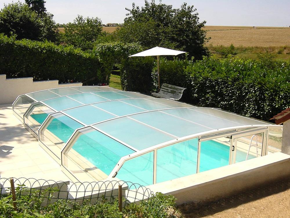 Coperture telescopiche per piscine, vantaggi e costi -  Blog Edilnet