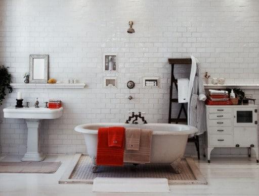 bagni moderni vintage rivestimenti bianchi