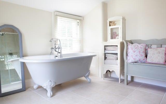 bagno moderno provenzale