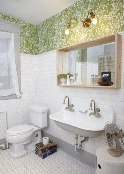 bagno moderno rivestimento verde