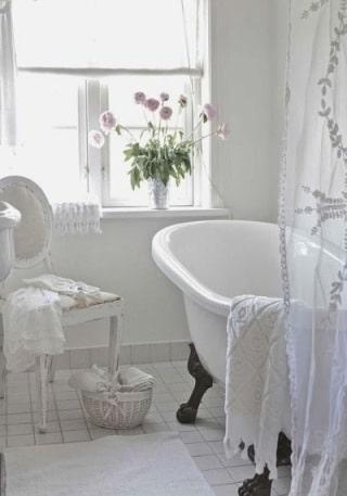 bagno vintage bianco