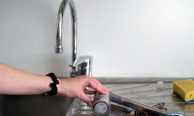 sostituzione rubinetto cucina