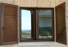 persiana in alluminio finto legno
