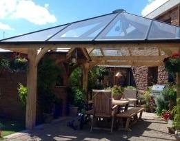 veranda vetro legno