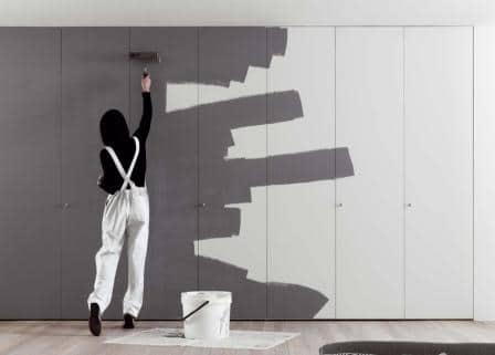 pitturare un armadio a muro