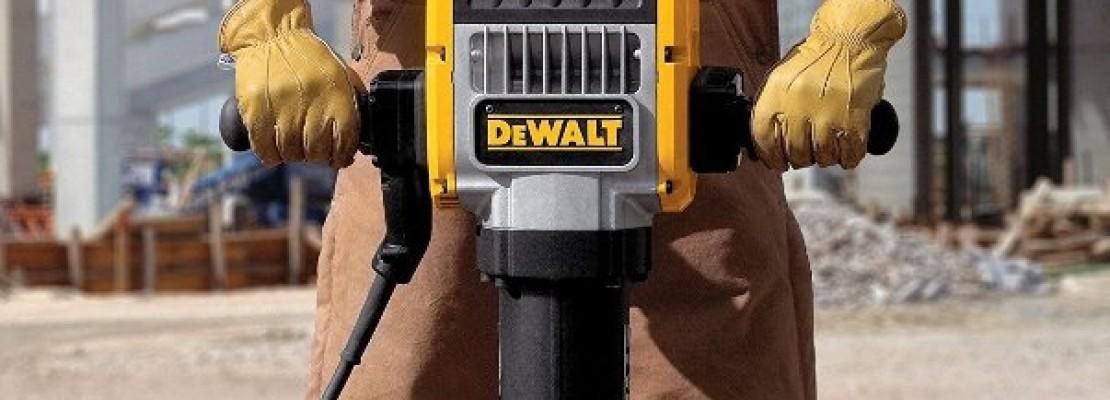 un martello pneumatico per lavori stradali.