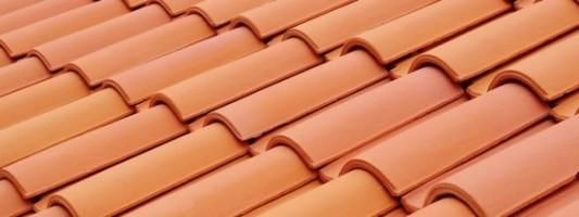 Una guida su come scegliere i coppi per il tetto.
