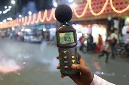 un rilevatore per l'inquinamento acustico.