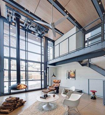 Un soggiorno in stile industriale.
