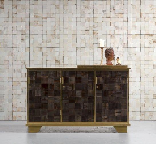 Un elegante esempio di mosaico a parete.