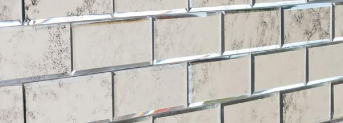 Idee e suggerimenti per una parete a specchio.
