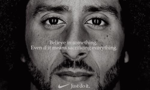 Pubblicità della Nike con quarterback anti-Trump
