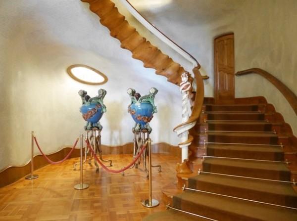 la scala di Casa Battlò a Barcellona.