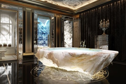 la vasca da bagno in cristallo per il XXII Carats di Dubai della Baldi.
