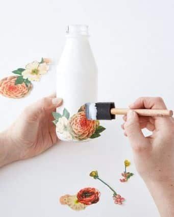 Décupage su bottiglia di latte