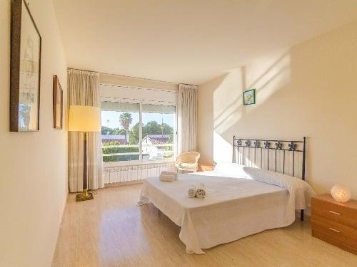 Camera da letto progettata eliminado le barriere architettoniche