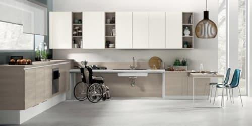 Cucina progettata eliminado le barriere architettoniche