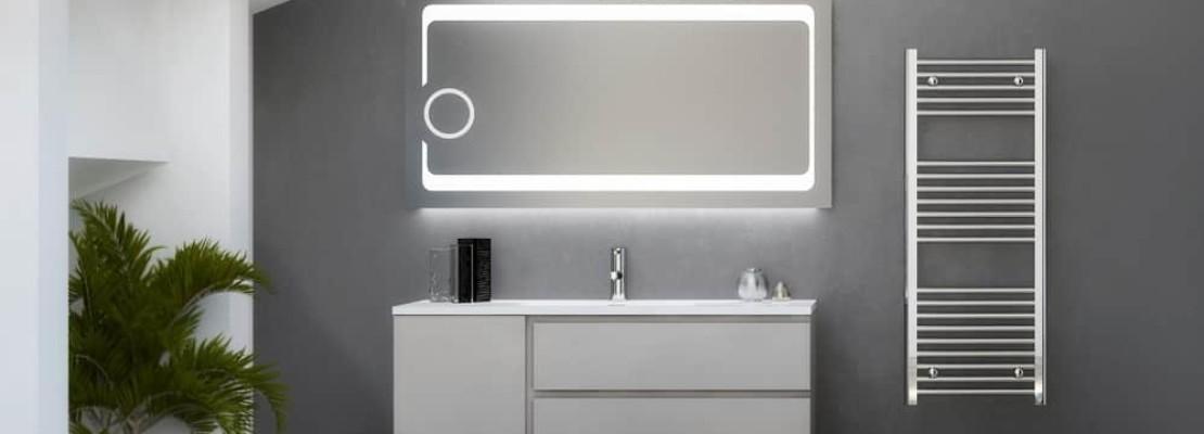 Specchio da bagno illuminato a led