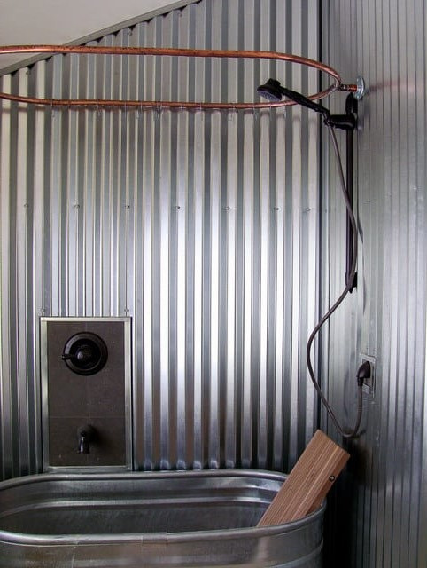 6. Prova una vasca in acciaio zincato