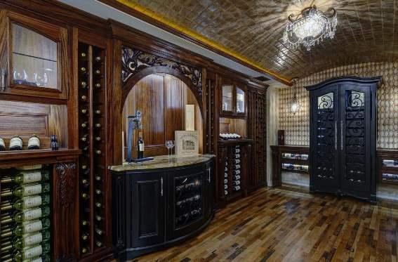 Realizzare una wine room è un'eccellente idea per ristrutturare la cantina.